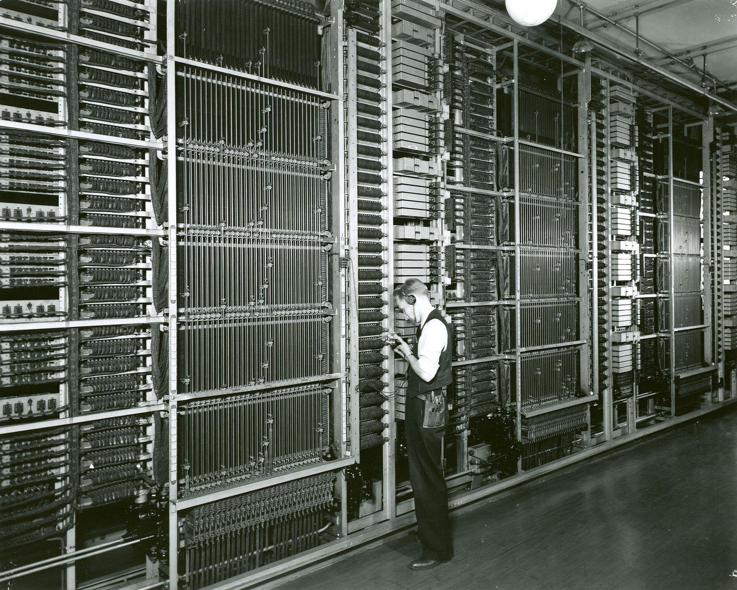 1923_panel2.jpg